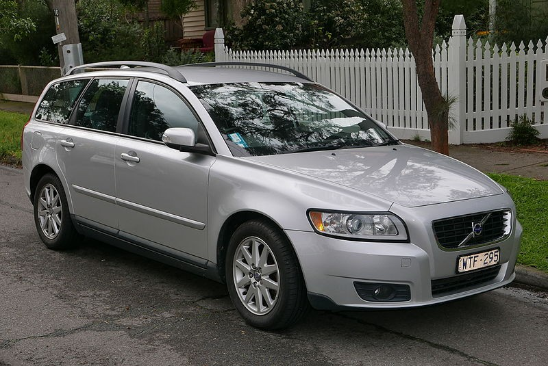 Volvo V50 Автомобиль до 500 000 рублей