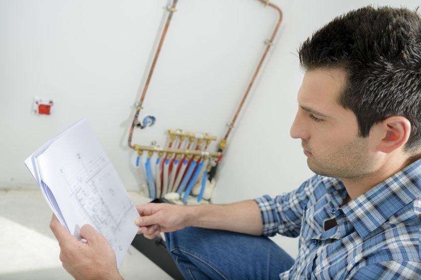 Awarie hydrauliczne w domu i ich przyczyny