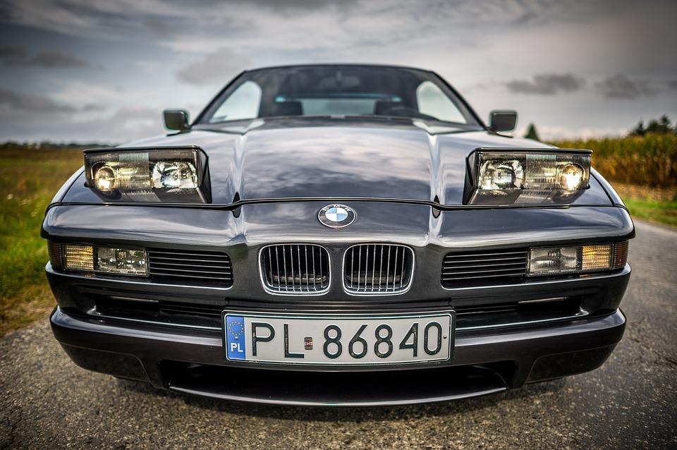 Jak zrobić zdjęcia samochodu do sprzedaży?